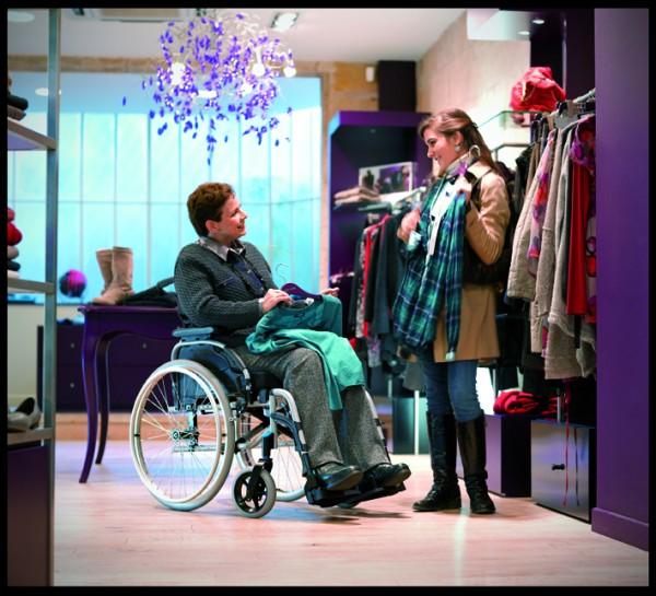 Rollstuhl Action 2 NG, mit Trommelbremse